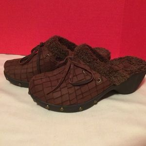 NWOT Perlina clogs brown leather fur-lined